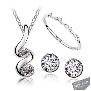 Double_Twists_BezelSet_Crystal_Chatons_Necklace__Earrings_and_Ring_Ensemble_1024x1024